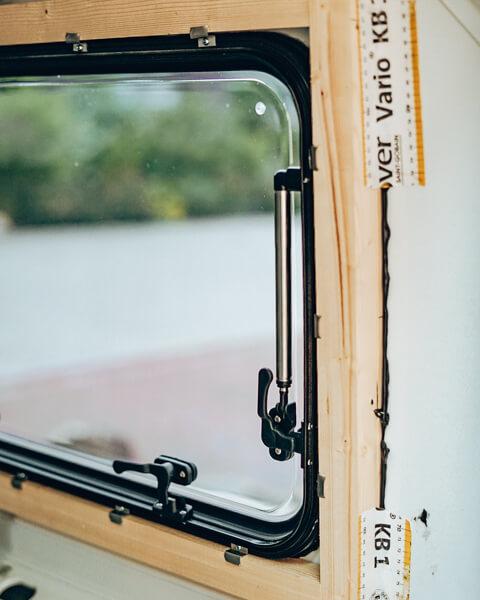 Busausbau Fenster